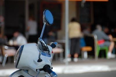 Zijn spiegels verplicht op een scooter