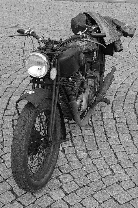 moped - kiezen tussen schakelbrommer of scooter